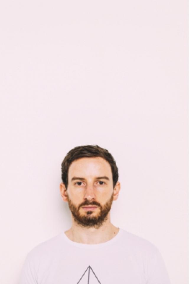 MAX COOPER (LIVE) EMERGENCE @ ELYSEE MONTMARTRE @ ELYSEE MONTMARTRE - PARIS