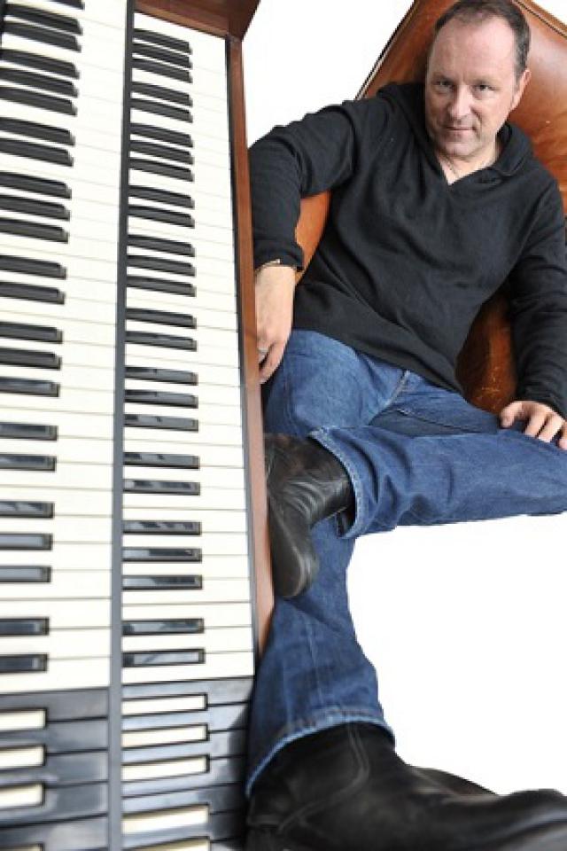 "Stefan PATRY ""Organ Groove Explosion"" Trio @ Sunset - Paris"