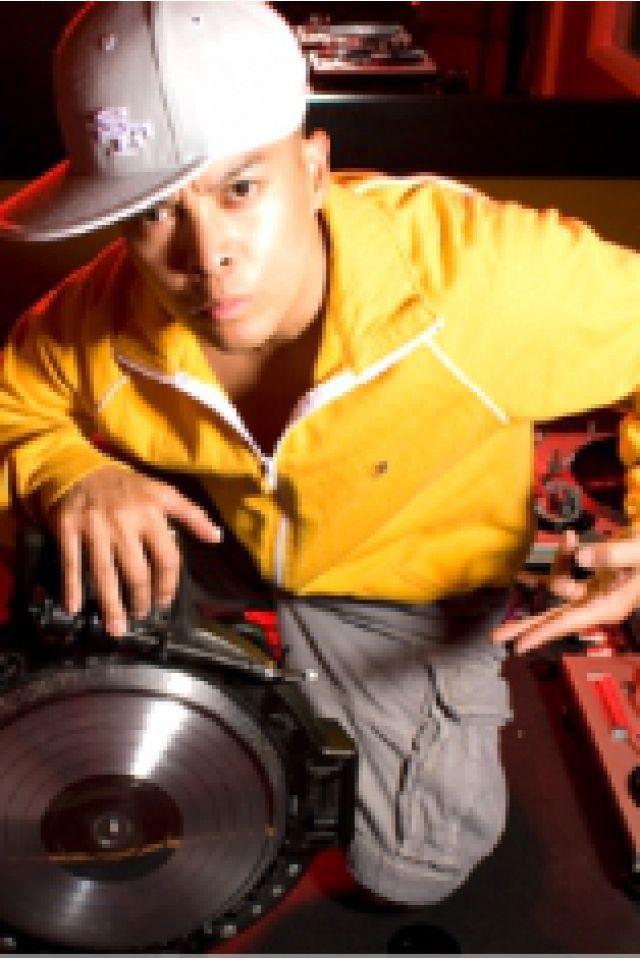 IBOAT CONCERT : DJ QBERT @ I.boat - BORDEAUX
