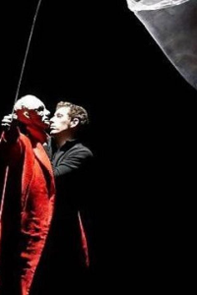 Les Limbes - Etienne Saglio / Monstre(s) @ Centre des arts  - ENGHIEN LES BAINS